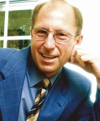 Dipl.-Math. Peter A. Schramm, Sachverständiger für Versicherungs-mathematik