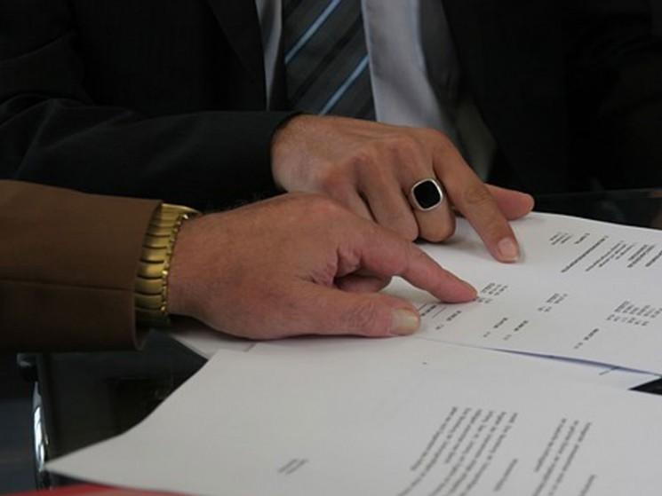 SBZW berät Sie in sämtlichen Fragen des Energierechts, inkl. der gesellschaftsrechtlichen Gestaltung, Finanzierung und Projektentwicklung. Ein wesentlicher Kern unserer Expertise sind Netzanschluss- und Einspeiserechte nach dem EEG sowie die Prüfung und Ausgestaltung der Verträge (bzgl.
