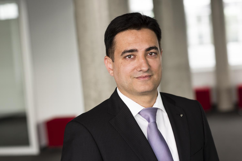 Amar Banerjee, Mitglied der Geschäftsleitung und Leiter der Versicherungsproduktion von Swiss Life Deutschland