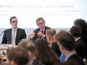 Michael Böhmer, Chefvolkswirt der Prognos AG, und Alexander Erdland, GDVPräsident