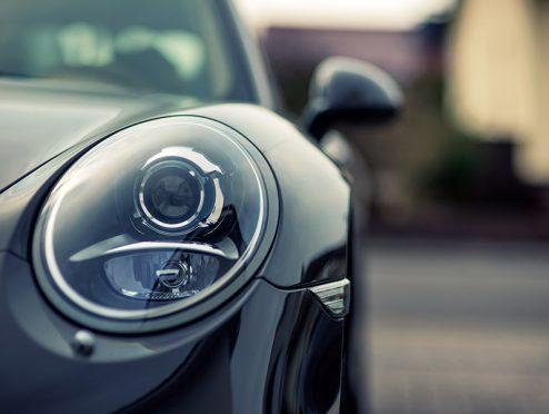 Neuwagenkauf: Porsche mit zu kleinem Tank?