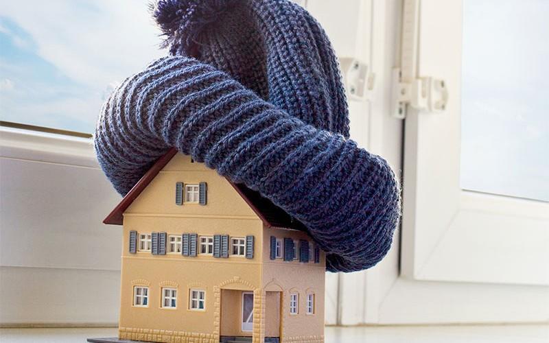 Bestnoten für Wohngebäude, Hausrat und PHV