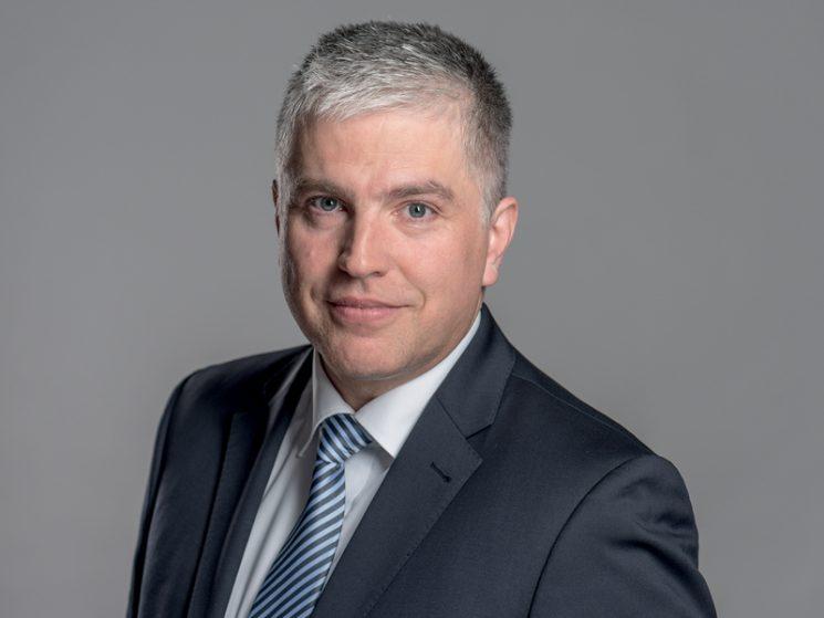 Dr. Jürgen Voß rückt in den Vorstand der NÜRNBERGER Beteiligungs-AG auf