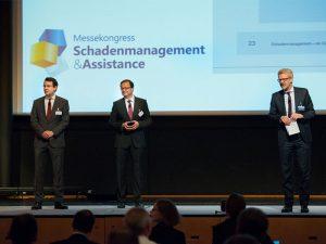 V.l.n.r.: Dr. Christoph Wetzel (Talanx Deutschland), Dr. Martin Weldi (HDI Kundenservice) und Markus Rosenbaum (Versicherungsforen Leipzig)