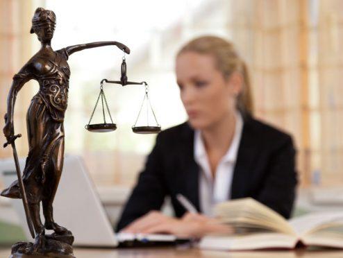 50 Prozent aller Makler brauchen einen Anwalt