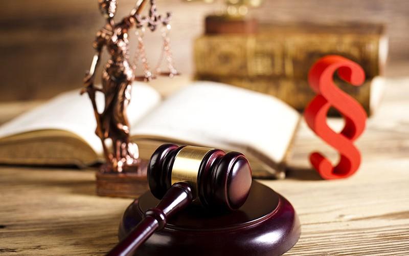 Neu: Roland Universal-Straf-Rechtsschutz für Unternehmen