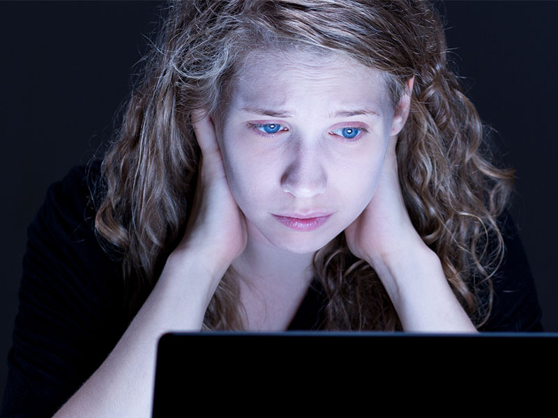 Wie wirkt sich Cybermobbing auf das Opfer aus?