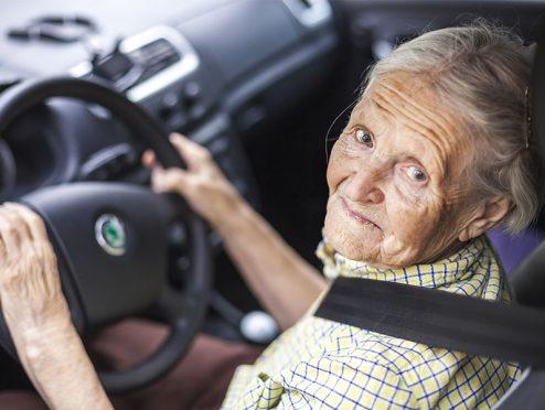 Allianz rät: Mobilität im Alter erhalten