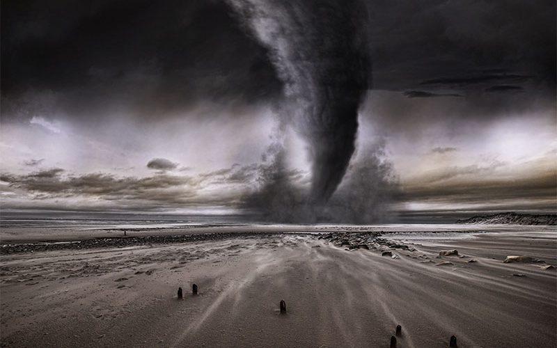 Tornados in Deutschland, Hurrikans in der Karibik