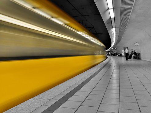 Allianz Leben finanziert Nahverkehrsnetz