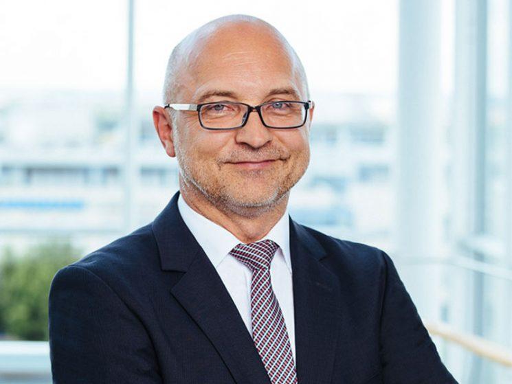 <b>Klaus Brenner</b> neuer Finanzvorstand der VPV - Klaus-Brenner-2016-VPV-Versicherungen-745x559