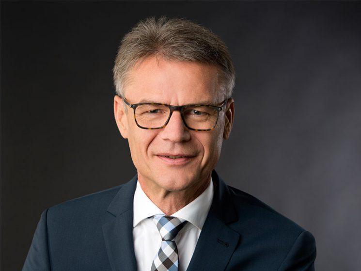 R+V: Dr. Edgar Martin neuer Vorstand Komposit