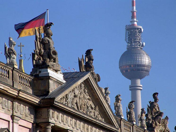 Beim Kfz-Versicherungswechsel ist Berlin deutscher Meister