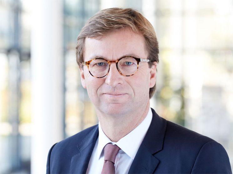 Schroeder-Wildberg bleibt Vorstandsvorsitzender