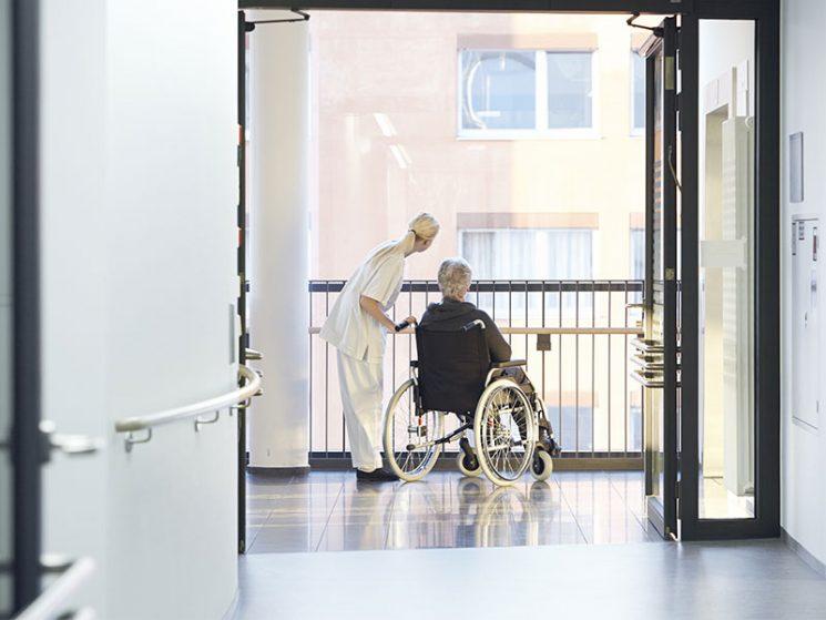 Dringender Handlungsbedarf in der Pflege notwendig