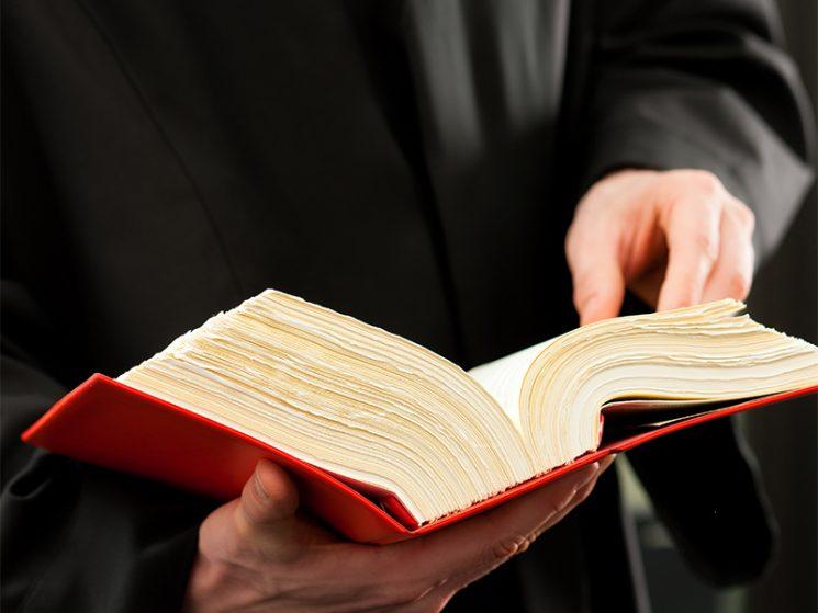 Außerordentliche Kündigung wegen Abrechnungsbetrug ist zulässig