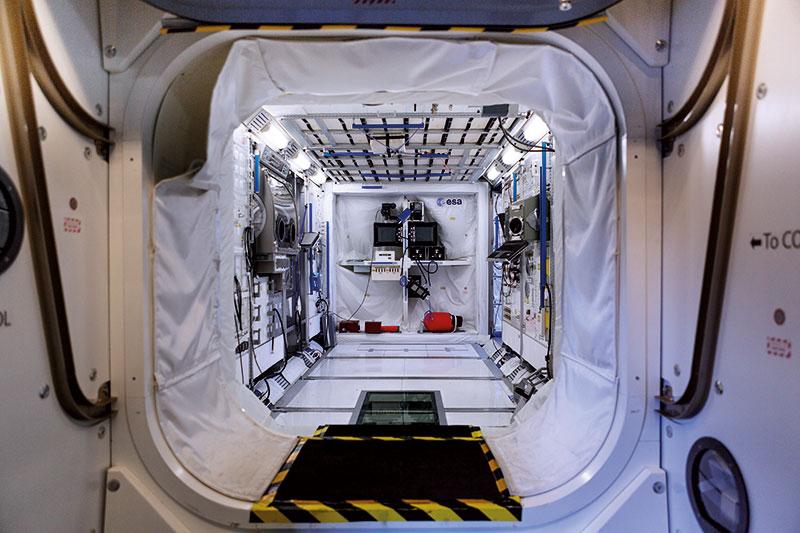 Mit Space Time Concepts entdecken Privatpersonen und auch Firmen das europäische Astronautenzentrum auf eine ganz besondere und individuelle Art für sich.
