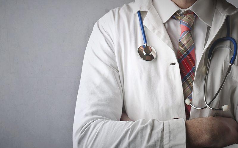 Cyber- und Sachversicherung für Ärzte in einer Police