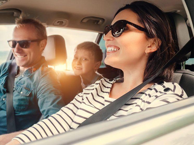 uniVersa verbessert Kfz-Versicherung
