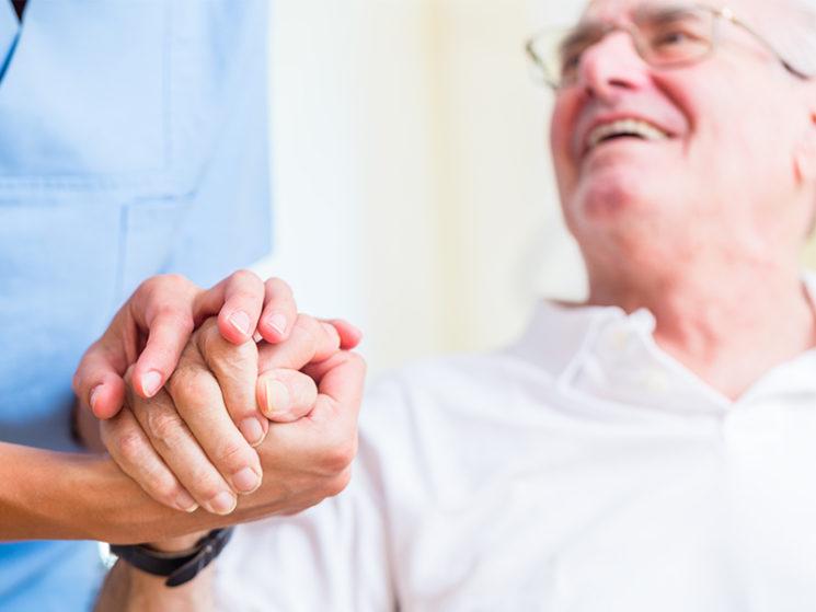 Privater Pflegeschutz ist unverzichtbar