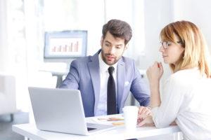 Alttarife vergleichen und beim Kunden punkten