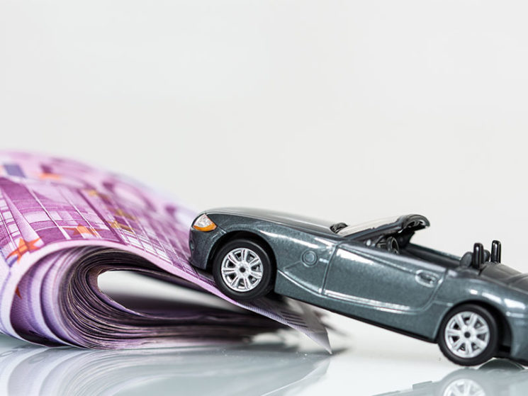 Versicherung bei Autohersteller rund 27 Prozent teurer
