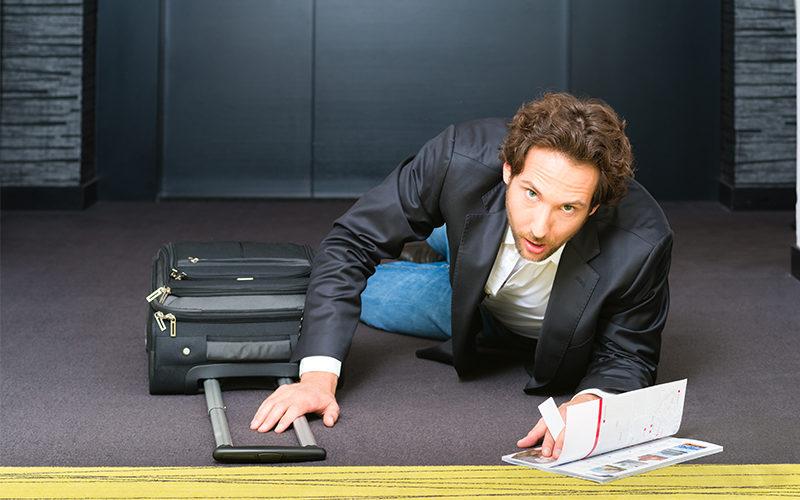 Dienstreise: Sturz im Hotelzimmer ist kein Arbeitsunfall