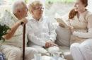 Pflegeheim: Doppelter Abzug der Haushaltsersparnis