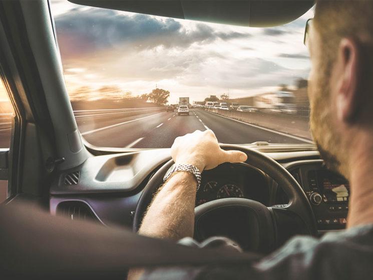 Aktuelle Fakten zu Fahrzeugglasschäden