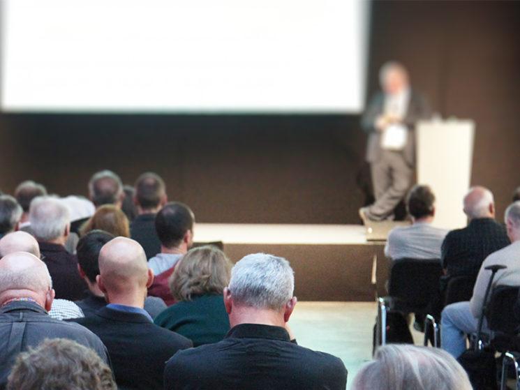 Save the Date: Heimspiel und Augsburger Maklerkongress