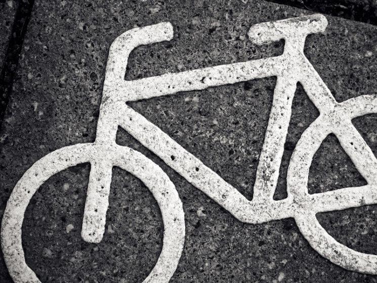 Kein Schadensersatz wegen Sturz auf schadhaftem Radweg