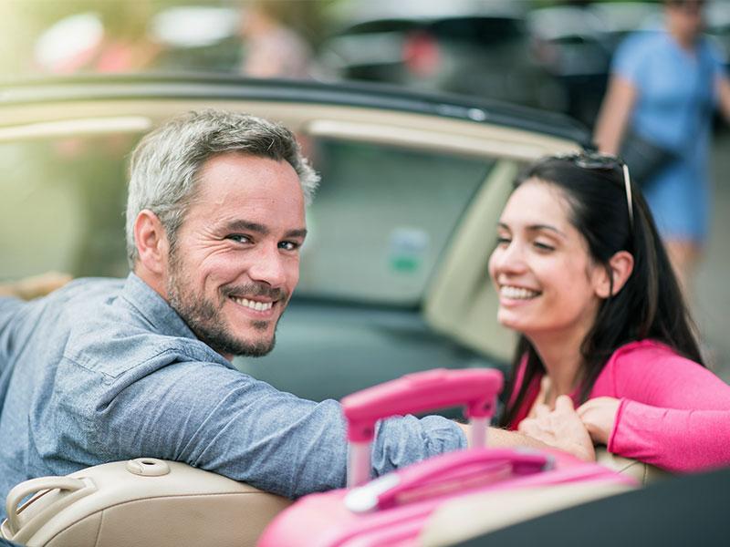 uniVersa geht mit neuer Kfz-Versicherung an den Start