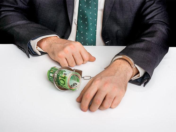 Maklererlaubnis wegen Betrugs entzogen