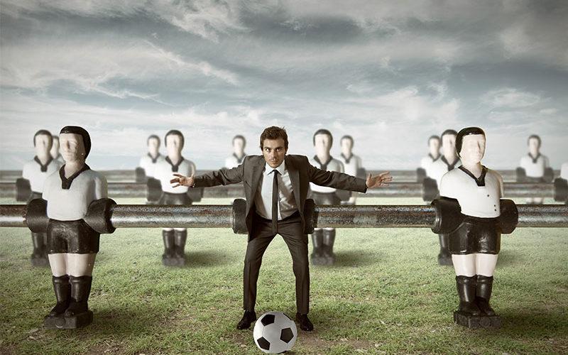 SIGNAL IDUNA und ELEMENT bieten Versicherung für BVB-Fans