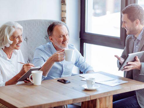 Mehr Menschen mit Anspruch auf Pflegeleistungen als erwartet