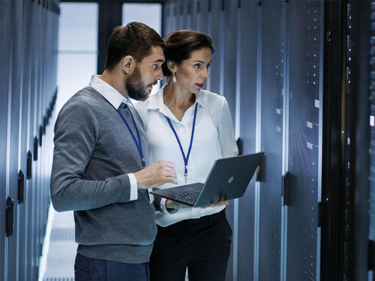 Hiscox hält den Rücken frei – Die IT-Haftplicht sichert das Business ab