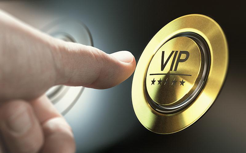 uniVersa: VIP-Service verbessert