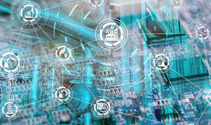 Munich Re, MHP und KUKA stellen SmartFactory as a Service vor