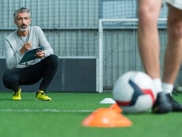 Pflicht zur Sozialversicherung für Trainer einer Fußballmannschaft