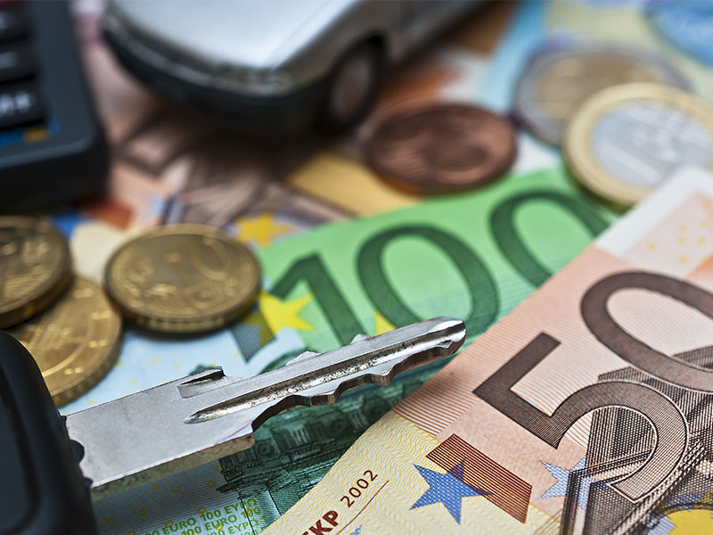 6-Jahres-Tiefpunkt bei Autokreditzinsen