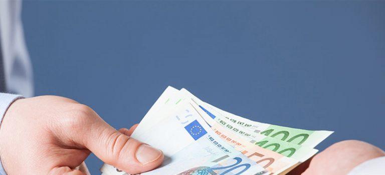 Darf Versicherungsmakler für PKV-Optimierung Honorar nehmen?