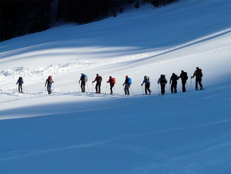 Skiunfall bei Reise zur Teambildung ist kein Arbeitsunfall