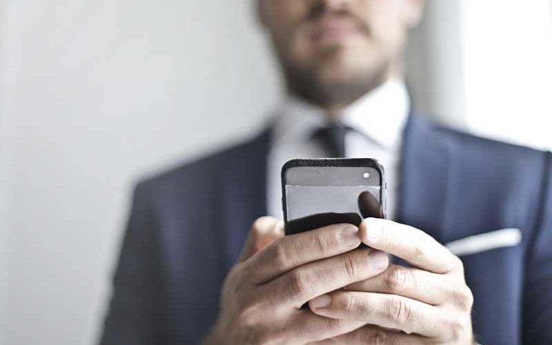 Angebotsanfragen für Firmenversicherungen per App