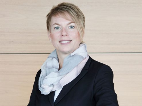 Carola Schroeder verstärkt Barmenia-Vorstand