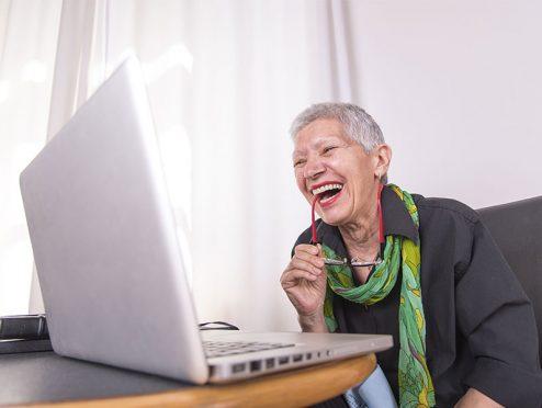 Senioren chatten genauso gern wie Digital Natives
