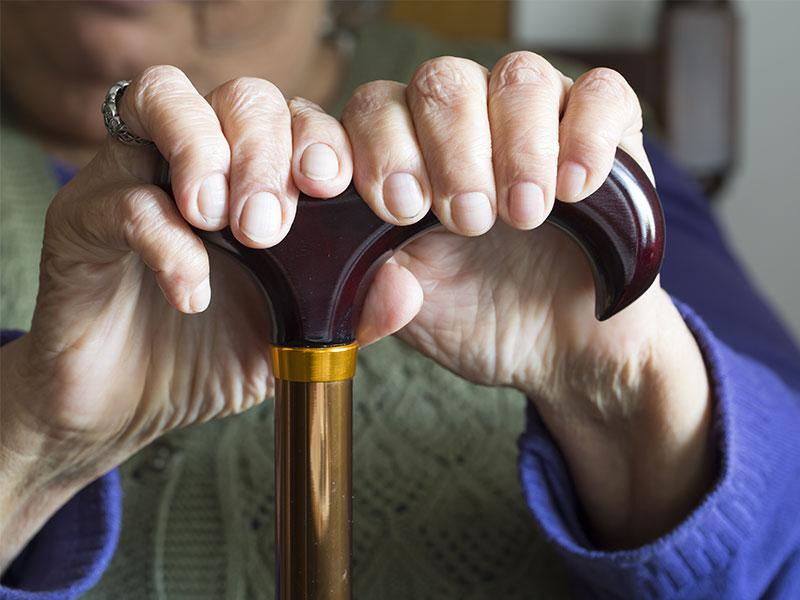 Sterbegeldversicherung muss für Pflegeheim nicht gekündigt werden