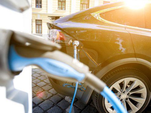 HDI: Bausteine für Telematik und E-Autoschutz