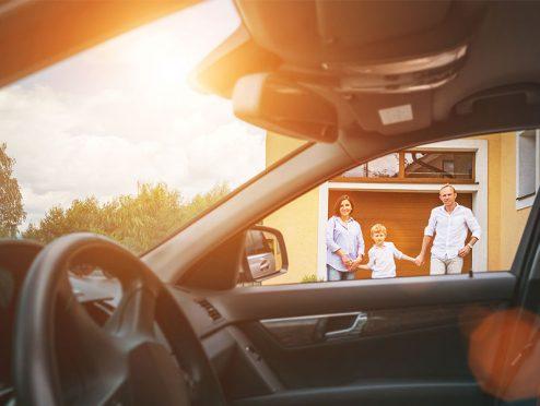 """Private Autoinhaltsversicherung """"Wir entwickeln uns mit"""""""