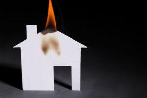 Wohngebäudeversicherung muss bei Brand in Anspruch genommen werden