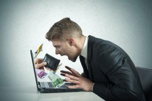 Cybercrime: Jeder zweite betroffen